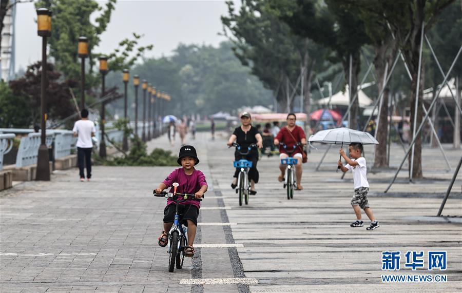 (走向我们的小康生活·图文互动)(11)水清岸美产业兴——江苏南通小康路上的绿色实践